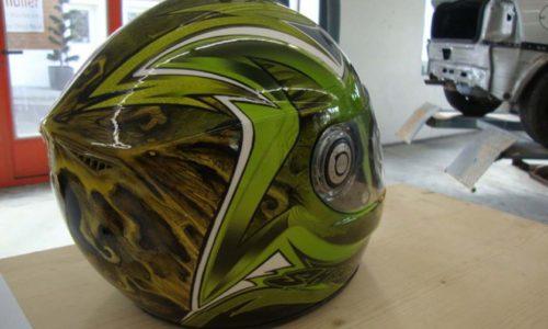 000579 Airbrush Helm02 01