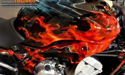 000579 Airbrush Motorrad 02